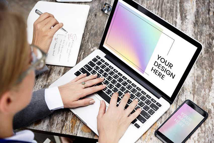Businesswoman laptop mockup