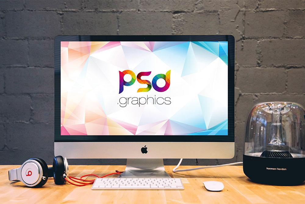 Free Apple iMac on Desk Mockup