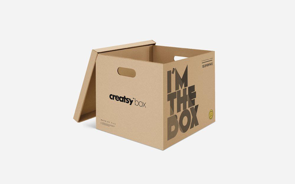 Free Moving Box Mockup