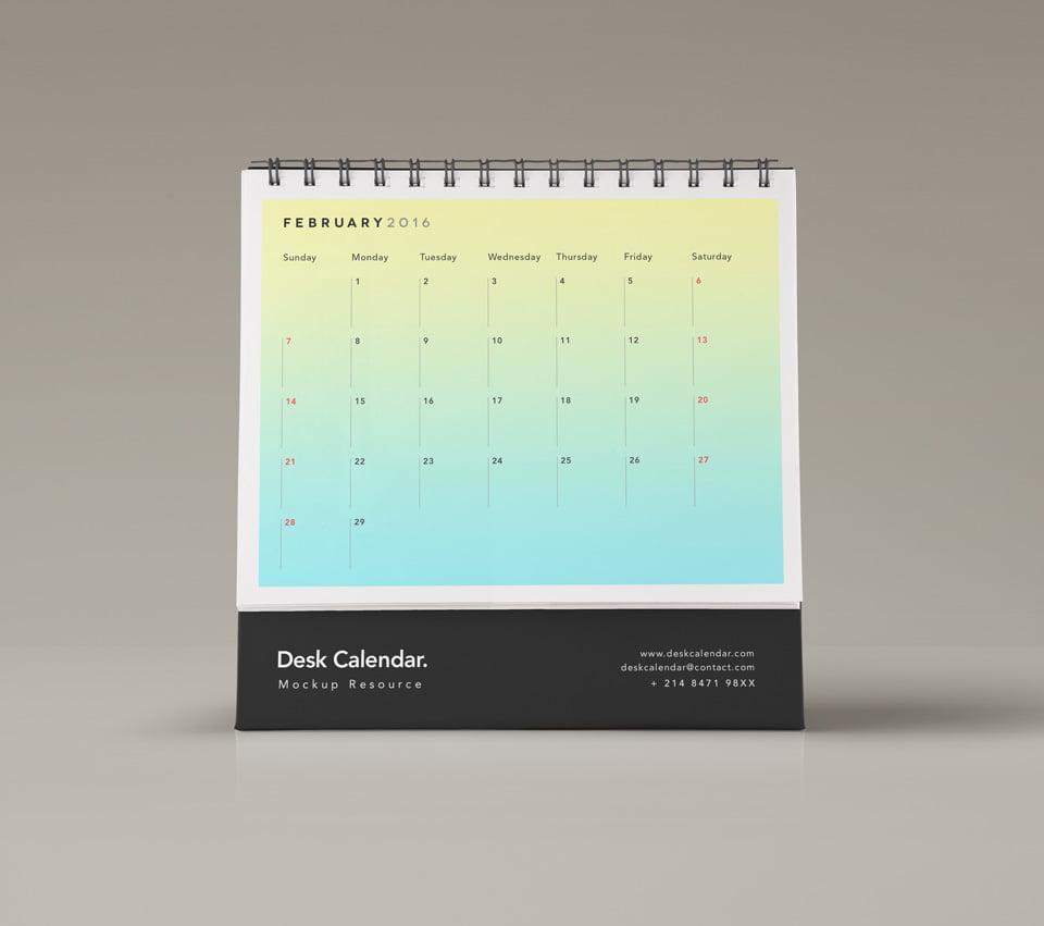 Free Desk Calendar Mockup