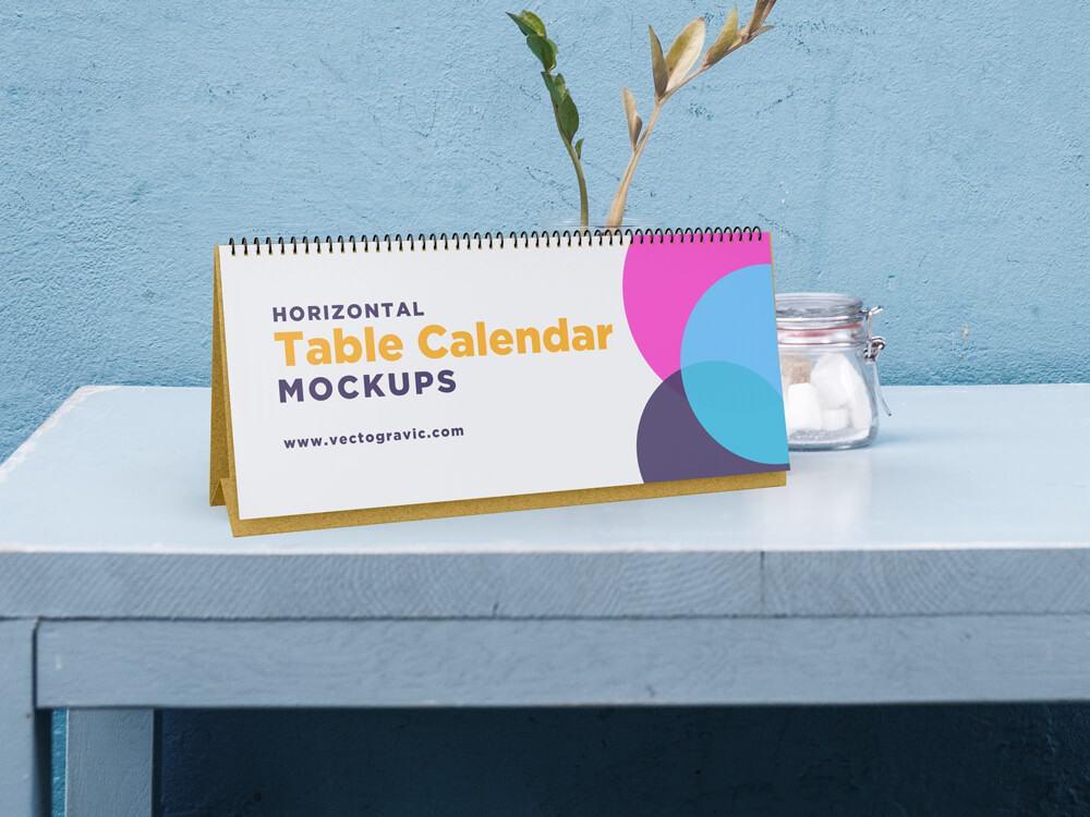 Free Horizontal Table Calendar Mockup